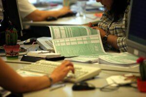 Ποιες φορολογικές δηλώσεις πρέπει να γίνουν μέχρι το τέλος του χρόνου
