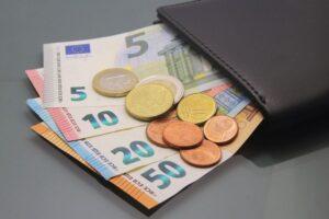 αναδρομικα χρηματα